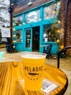 When you visit Raleigh, don't miss North Person Street for great breweries, bars, cafes, restaurants and shopping. See the 15 best things to do inside! #Raleigh #NorthCarolina