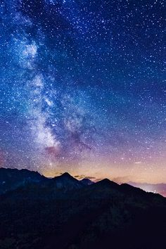 Milky Way iPhone wallpaper #iPhone