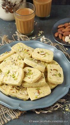 Pistachio Cookies, Almond Cookies, Oatmeal Cookies, Biscuit Recipe, Dough Recipe, Indian Dessert Recipes, Ethnic Recipes, Indian Sweets, Indian Snacks