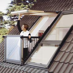 La fenêtre de toit Cabrio de Velux se transforme en … balcon !
