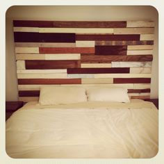 Recycled wood bed head