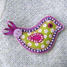 "Folksy : ""Little Bird Fabric Brooch""   Craft Juice"