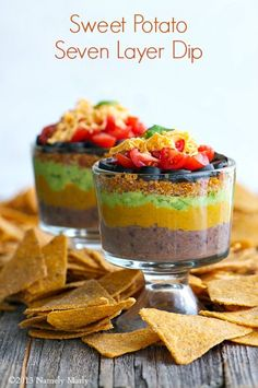 Sweet Potato Seven Layer Dip. This Sweet Potato Seven Layer Dip features layers of cheesy sweet potatoes spicy quinoa and tasty guacamole. Vegan Appetizers, Appetizer Recipes, Dip Recipes, Cooking Recipes, Recipies, Seven Layer Dip, Good Food, Yummy Food, Dessert