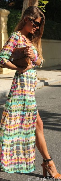 Street Style, love the maxi  CLICK THIS PIN if you want to learn how you can EARN MONEY while surfing on Pinterest