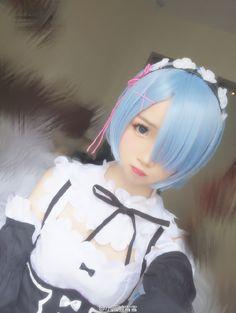 re:zero (rem) cosplay.
