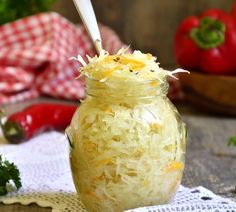 Easy directions for making sauerkraut at home. Turn extra cabbage from your vegetable garden into delicious homemade sauerkraut.it's easy. Includes recipes for Baked Sauerkraut with Apples, and Sau Pork And Sauerkraut Recipe, Fermented Sauerkraut, Making Sauerkraut, Raw Food Recipes, Vegetable Recipes, Healthy Recipes, Probiotic Foods, Fermented Foods, A Food