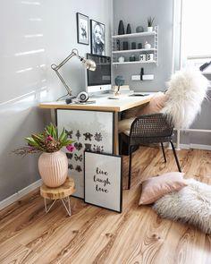 Office in blush
