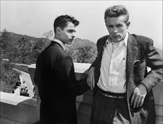 Feb 12, 1976: Sal Mineo is killed in Hollywood.Actor Sal Mineo is stabbed to death in Hollywood, California. Mineo was parking his car behind his apartment when neighbors heard his cries for help. Some described a white man with brown hair fleeing the scene. By the time they reached Mineo, he was almost dead from a deep wound to his chest. He died minutes later.Sal Mineo was a famous teen actor in the 1950s. He co-starred with James Dean in bothRebel Without a Cause and Giant. The transition…