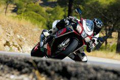 Imágenes de la nueva Aprilia RSV4 RF, derivada de la actual campeona del mundo de SBK | Motociclismo.es