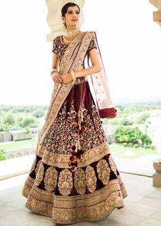 lehenga blouse Indian bridal Wedding womens wear bollywood heavy embroidery sari #suitsuitfever #magicofthesong #gurusirrocks #indianbride #punjabibride #bride #bigfatindianwedding #weddingphotography #realbridesworldwide #asianbride #weddingtrends #makeupartist