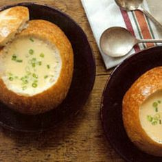 Beer Cheese Soup, served in a pretzel bowl. Soup Recipes, Cooking Recipes, Beer Cheese Soups, Good Food, Yummy Food, Bread Bowls, Hot Soup, Soup And Salad, Soups And Stews