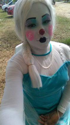 Clown Pics, Cute Clown, Girl Costumes, Halloween Costumes, Clown Nose, Female Clown, Clown Makeup, Girls Makeup, Clowns