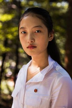 Noroc had the memorable chance to include the rare look at beauty of North Korean women in her series, The Atlas of Beauty as she travels in the cities of Korean Beauty, Asian Beauty, Show Beauty, Beauty Tips, Country Women, Natural Women, Portraits, Female Photographers, No Photoshop