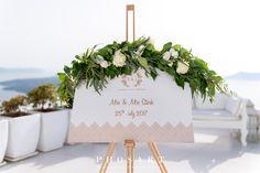 Classic, White & Gold Wedding at Dana Villas, Santorini by Phosart Photography & Cinematography Seaside Wedding, Gold Wedding, Elegant Wedding, Diy Wedding, Wedding Humor, Wedding Signs, Budget Wedding, Wedding Planning, Dana Villas