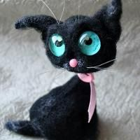 Crocheting : black cat siam amigurumi toy