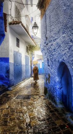 Rainy days in Chefchaouen, Morocco (by Zú Sánchez)