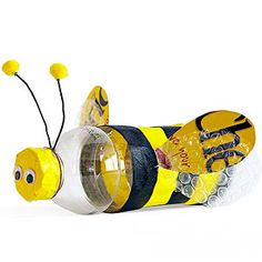 Upcycled bumblebee craft -- @Annie Compean Compean Compean Compean Paganelli we could use the small water bottles we are saving??
