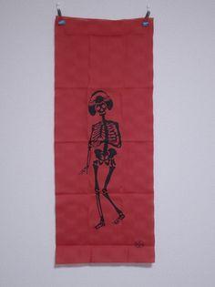A dancing geisha's skeleton (Halloween)