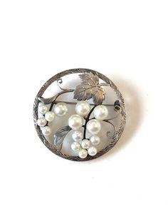 Vintage Cultured Pearl Brooch Sterling Silver Freshwater Pearl