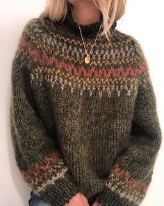 Ravelry: Skaanevik sweater pattern by Siv Kristin Olsen Knitting Kits, Fair Isle Knitting, Sweater Knitting Patterns, Fall Sweaters, Casual Sweaters, Sweaters For Women, Icelandic Sweaters, Winter Mode, Mode Style