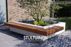 Bomenbak met zitbank ontwerp www.stijltuinen.nl