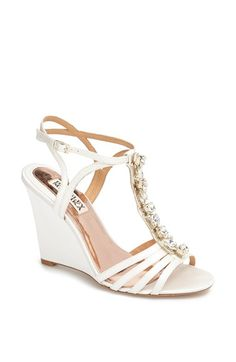 Pretty wedges for the #bride for a beach or outdoor #wedding Badgley Mischka wedding shoes
