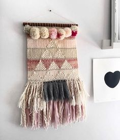 All of the heart eyes for this weaving shared by @bebeandprince on the #mmstudent hashtag. A joyous place to share your work, learning and connect with my other students. You can signup for classes on my mini world tour to LA, Melbourne, Sydney and NYC. Beginners and intermediate classes on offer. The shop is also stocked with yarn packs, looms, kits and tools. ✌️ follow the link in my profile to my Etsy shop.