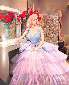 sissydonna:  whitediamonds55:  Jayne Mansfield |The Girl Can't Help It (1956)  Where Boys Will Be Girls