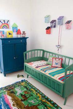 Room seven bedding, leuk kleur voor kastje en bed