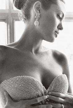 Angelina by Mario Testino