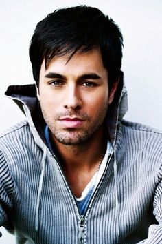 Enrique Iglesias, Spanish singer-songwriter, actor, b. 1975   Enrique Iglesias cantará