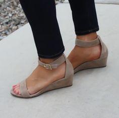 Arrival Women Casual Sandals Solid Ankle Strap Flat Summer Slipper Sandles www.essish.com