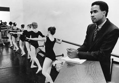 lynn swann was one of the first football players to take ballet as a training method....here he is in 1980........The Digs: Pittsburgh Post-Gazette....... :-)