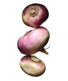 4 Recipes for Turnips -- Mashed Turnips With Crispy Bacon Simmer peeled and cut-up turnips in boiling salted water until tender. Drain and mash with butter, salt, and pepper. Fold in crumbled cooked bacon and chopped chives; top with shaved Parmesan.