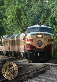 Napa Valley Wine Train   (Wonderful way to spend 3 hours!)