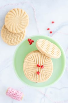 Turned out wonderful. Very mapley. These Maple Sugar Cookies are simple, stunning, and delicious! Loaded with pure maple syrup, they are a perfect treat any time of year, especially during the holiday season! Cookie Dough Recipes, Holiday Cookie Recipes, Cookie Desserts, Holiday Cookies, Candy Recipes, Cookie Ideas, Christmas Recipes, Stamp Cookies Recipe, Sugar Cookies Recipe