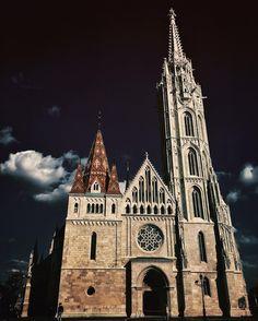 Matthias church Budapest  #iphoneography #shotoniphone #travelphotography #hungary #iglifecz #iglife #igerscz #vsco #vscocze #vscoczech #onset #ontheroad #exploretocreate