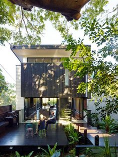 The Paddington Residence is a project designed by the Principal Mason Cowle of the Ellivo Architects practice for him and his family as a contemporary retreat located in a historic neighborhood in Paddington, Queensland, Australia. The lot has a small … Continue reading →