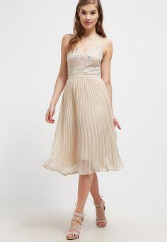 Ein Kleid für unvergessliche Abende. Miss Selfridge ANNA - Cocktailkleid / festliches Kleid - nude für € 64,95 (16.09.16) versandkostenfrei bei Zalando.at bestellen.