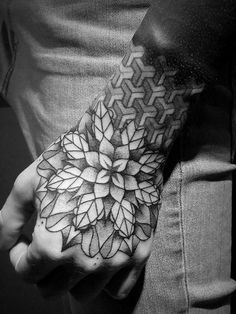 Stylish Hand Tattoo Designs for Men and Women – Designs & Meanings 2019 – Hand Tattoos Mandala Tattoo Design, Mandala Tattoo Mann, Mandala Hand Tattoos, Mandala Rose Tattoo, Wolf Tattoo Design, Flower Tattoo Designs, Tattoo Designs Men, Geometric Tattoo Hand, Geometric Mandala