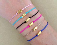 Gold Plated Fish Charm Bead Adjustable Friendship Bracelet - Sea Bracelet, Animal Bracelet, Macrame Bracelet, Summer