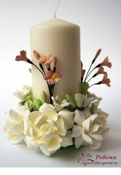 Polymer Clay Flowers, Ceramic Flowers, Polymer Clay Crafts, Homemade Candles, Diy Candles, Candle Arrangements, Floral Arrangements, Candle Art, Candle Making