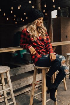 Feb 2020 - Cocoa In The Mountains Fleece Sweater • Impressions Online Boutique Red Plaid Shirt Outfit, Plaid Outfits, Casual Outfits, Cute Outfits, Plaid Pants, Fall Winter Outfits, Autumn Winter Fashion, Spring Outfits, Outfit Invierno