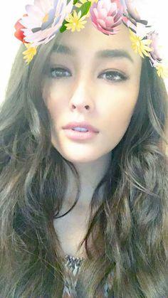 Liza Soberano - Snapchat Liza Soberano, Beautiful Eyes, Beautiful People, Beautiful Women, My Ex And Whys, Queen Liz, Philippine Women, Filipina Actress, Cute Faces