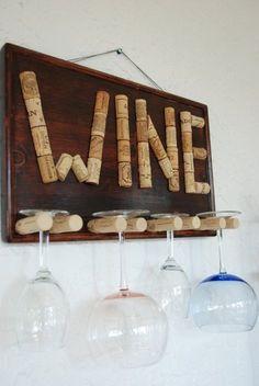 Decorative glass of wine holder- Dekorative Glas Wein Halter Decorative glass wine holder by GulfCoasters on Etsy - Wine Craft, Wine Cork Crafts, Wine Bottle Crafts, Wine Bottles, Wood Crafts, Bottle Candles, Paper Crafts, Wine Cork Art, Wine Cork Table