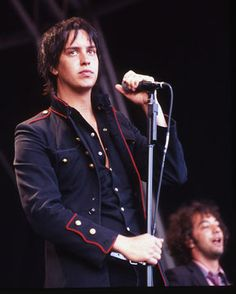 The Strokes at 2004 Big Day Out - Tony Mott Photography