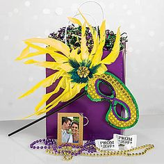 Our Masked Elegance Swag Bag features the bright vivid colors of Mardi Gras. Each Masked Elegance Swag Bag includes seven Mardi Gras party favors. Party Gift Bags, Party Gifts, Party Favors, Cheap Party Supplies, Discount Party Supplies, Mardi Gras Food, Mardi Gras Party, Masquerade Invitations, Swag