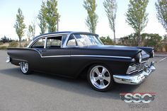 1957 Ford Fairlane 500 Custom