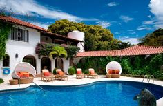 Explore the most Luxurious Homes from the specialists at Luxury Retreats. Find villas in Italy, Greece, France, Caribbean, Hawaii and around the world Barbados Villas, Vacation Villas, Vacation Rentals, Vacations, Beautiful Villas, Beautiful Homes, Swimming Pool Designs, Swimming Pools, Need A Vacation