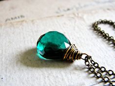 F O R E S T. E D G E... Green quartz brass necklace. Starting at $1 on Tophatter.com!